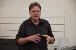Dr Ray Kerkhove_181103_thumb-5